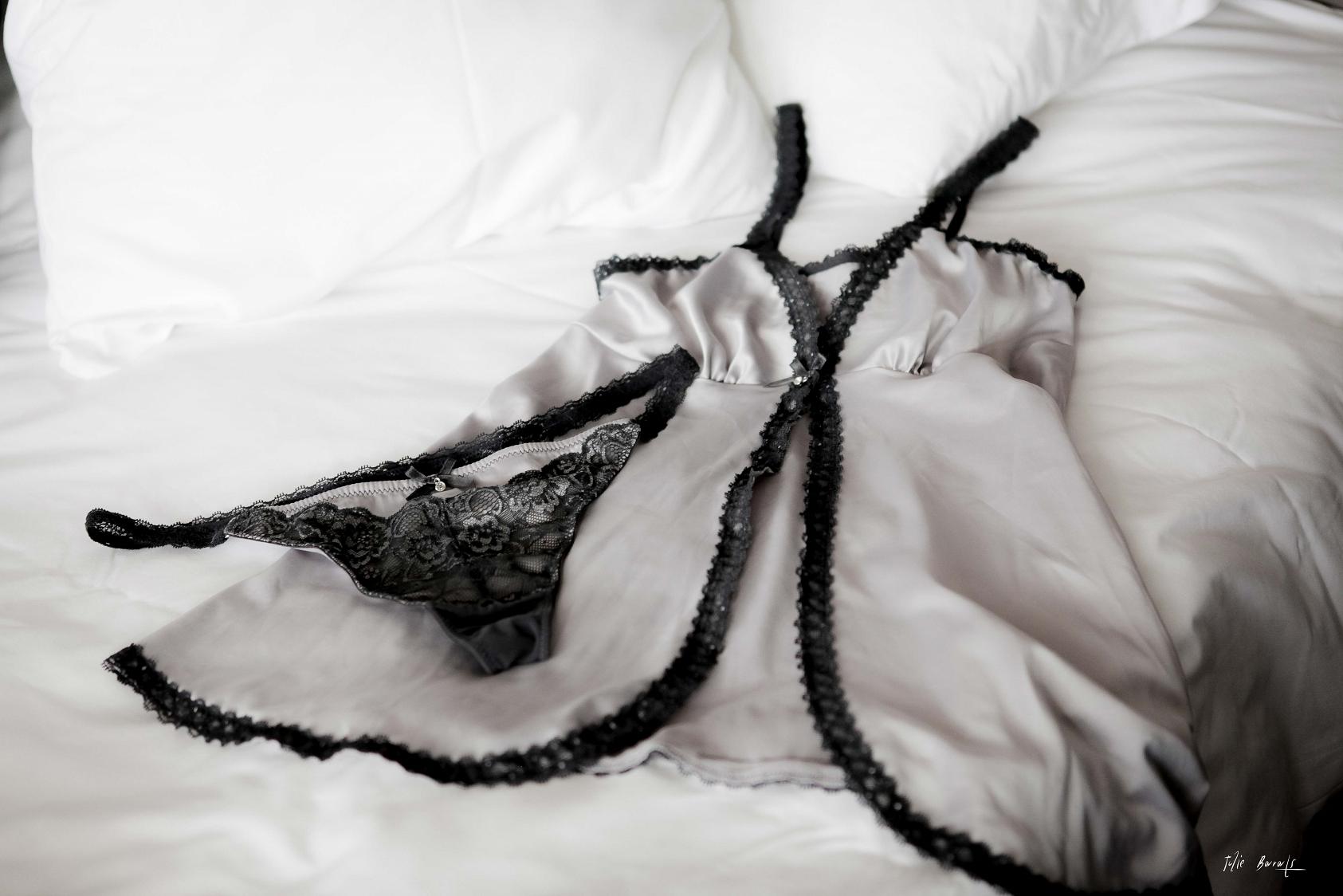 lingerie nuit de noce dessous chic salon de l 39 alliance mariage et pacs muret. Black Bedroom Furniture Sets. Home Design Ideas